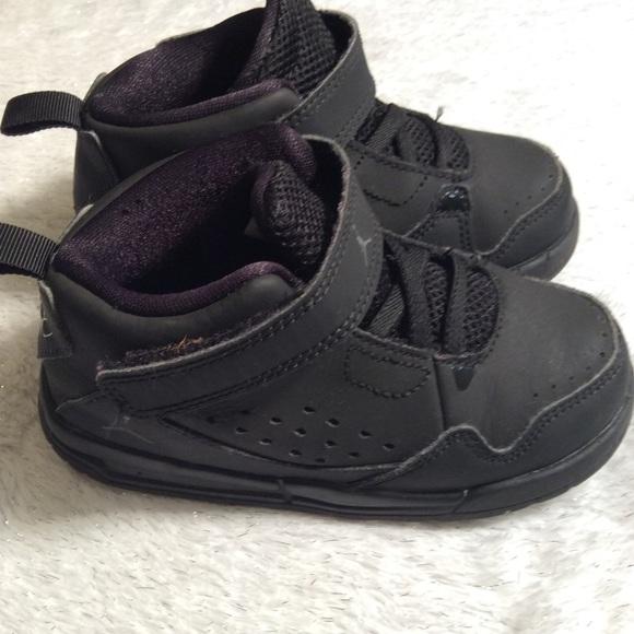 Boys Jordan Shoes size 8C black